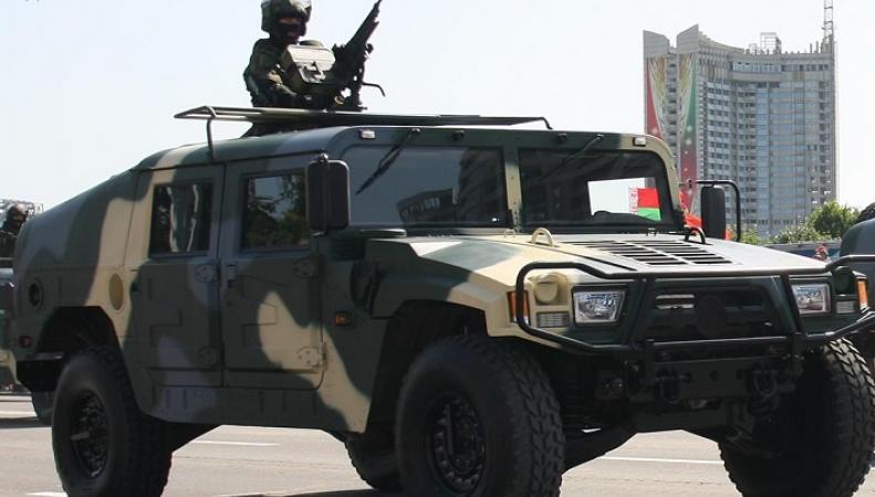 Китай поможет Беларуси военной техникой