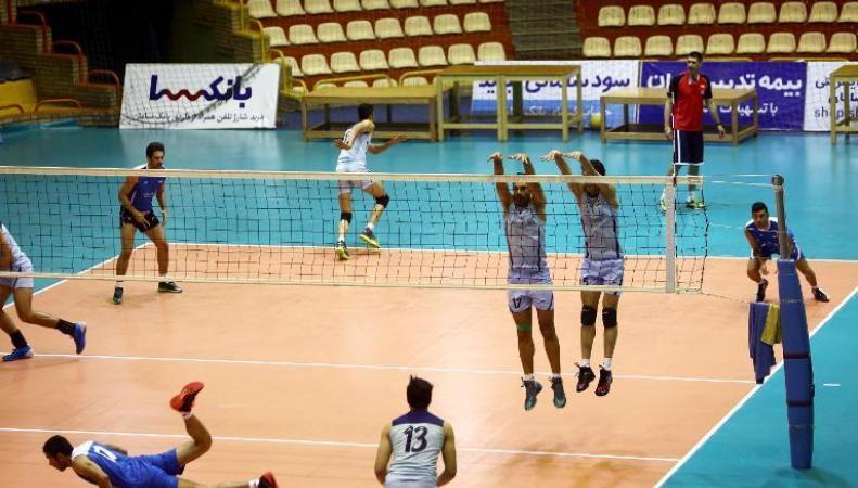 Иранские волейболисты