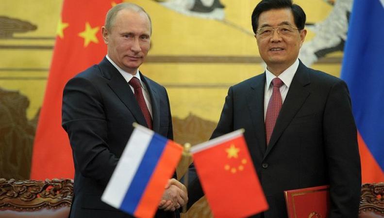 Новак: соглашение с КНР по газу не связано с российско-западными отношениями