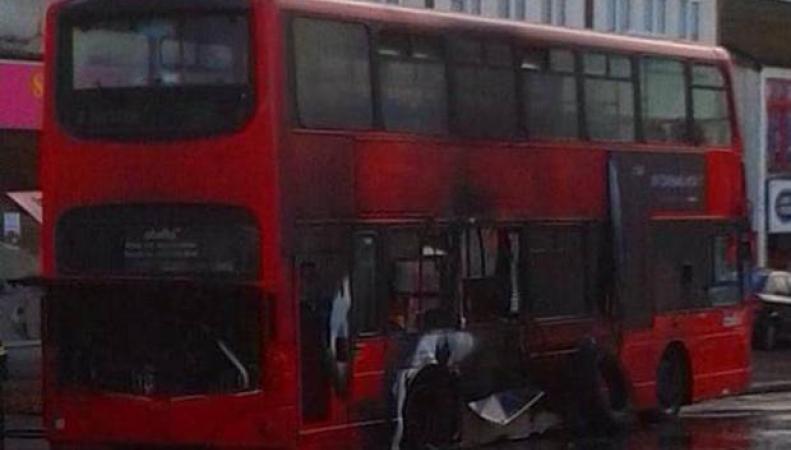 в Лондоне взорвался автобус