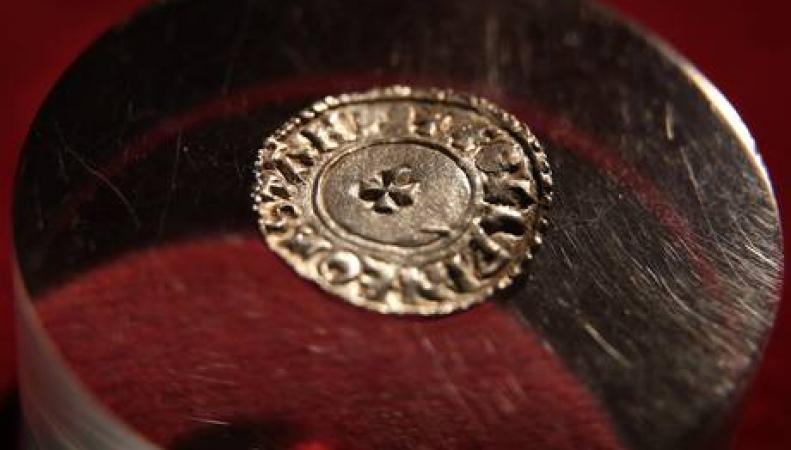 Серебряный англосаксонский пенс
