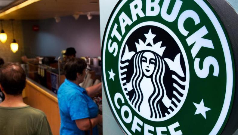 интерьер Starbucks
