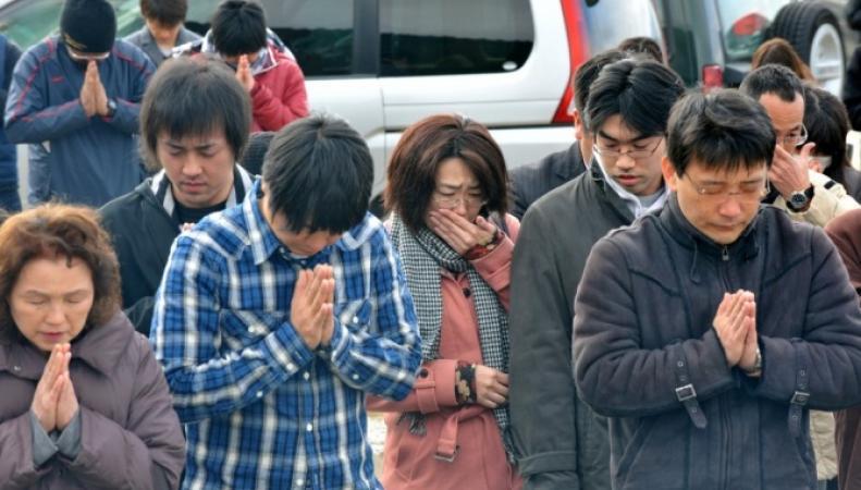 В Кобе почтили память погибших 20 лет назад при землетрясении