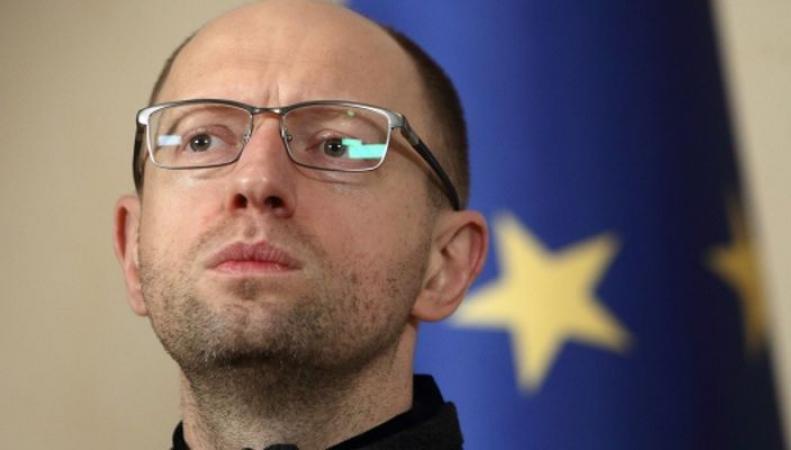 Яценюк ждет помощи в информационной войне с Россией