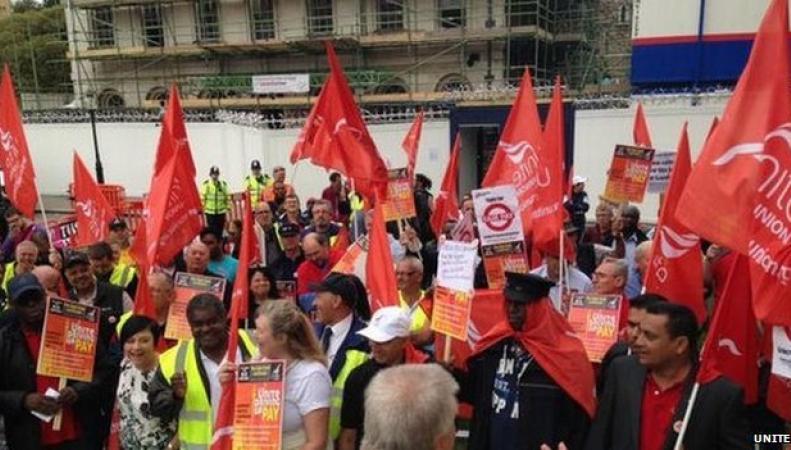 Забастовка автобусных рабочих в Лондоне в сентябре 2013