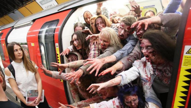 зомби в лондонском метро