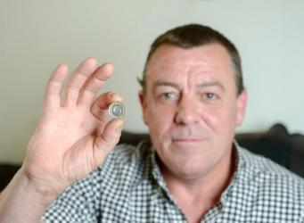 Фальшивый новый фунт найден в обращении менее чем через месяц с начала денежной реформы фото:thesun