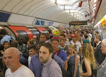 Воздух в лондонском метро будут чистить мощными пылесосами и магнитами