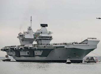 Главный британский авианосец отправился в трансатлантический поход